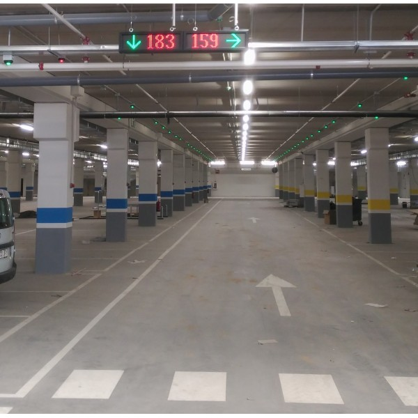 Σύστημα Καταμέτρησης και Καθοδήγησης Οχημάτων για Μεγάλα Πάρκινγκ
